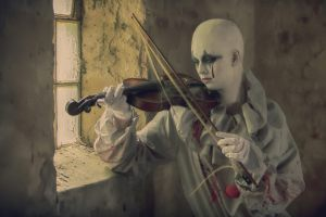 The Clown and the fiddle 4